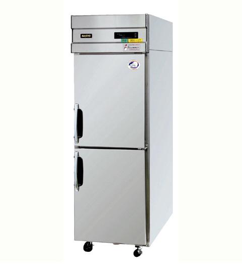 たて型冷蔵庫 W620